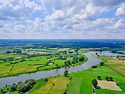 Nederland, Gelderland, Gemeente Gorssel, 21–06-2020; rivier de IJssel ten zuiden van Deventer met rechts de Ravenswaarden met het Zandgat (ten Westen van Gorssel). Linker oever de Wilpsche Klei.<br /> River IJssel south of Deventer, De Ravenswaarden west of Gorssel. On the left bank the Wilpse Klei.<br /> <br /> luchtfoto (toeslag op standaard tarieven);<br /> aerial photo (additional fee required)<br /> copyright © 2020 foto/photo Siebe Swart