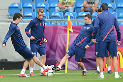 13.06.2012, City Stadion, Poznan, POL, UEFA EURO 2012, Training, Kroatien, im Bild IVAN PERISIC, IVAN RAKITIC, MILAN BADELJ during the during EURO 2012 Trainingssession of Croatia Nationalteam, at the City stadium, Poznan, Poland on 2012/06/13