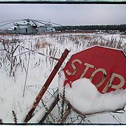 05-03-1996-Oekraine, Tsjernobyl. Nucleair kerkhof met militaire voertuigen en helikopters die gebruikt zij tijdens de bluswerkzaamheden in april 1986 en nu zwaar radioaktief zijn.<br />Foto: Sake Elzinga/Hollandse Hoogte