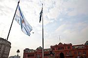 Buenos Aires, Argentina...Imagens da cidade de Buenos Aires, capital da Argentina. Na foto a Casa Rosada em frente a Praca de Maio...Buenos Aires, It is the capital of Argentina. In this photo, The Casa Rosada in front of Maio square...Foto: JOAO MARCOS ROSA / NITRO