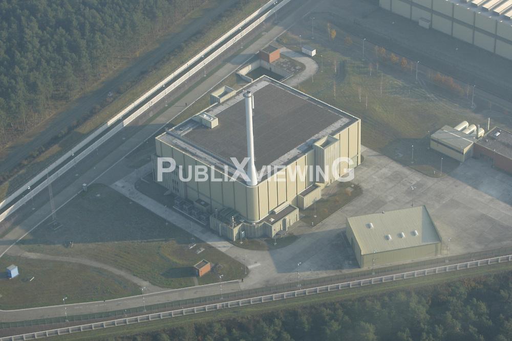 Luftaufnahme der Pilotkonditionierungsanlage auf dem Gelände des Zwischenlagers in Gorleben.<br /> <br /> Ort: Gorleben<br /> Copyright: Andreas Conradt<br /> Quelle: PubliXviewinG