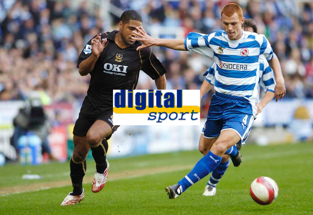 Photo: Leigh Quinnell.<br /> Reading v Portsmouth. The Barclays Premiership. 17/03/2007. Readings Steve Sidwell shuts out Portsmouths Glen Johnson.