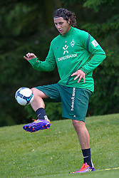 18.07.2011, Oeschberghof, Donaueschingen, Trainingslager 2011 GER, 1.FBL, Werder Bremen Trainingslager Donaueschingen 2011, im Bild REHA TRAINING Claudio Pizarro (Bremen #24)..// during the trainings session from GER, 1.FBL, Werder Bremen Trainingslager Donaueschingen 2011 on 2011/07/18,  Oeschberghof, Donaueschingen, Germany..EXPA Pictures © 2011, PhotoCredit: EXPA/ nph/  Kokenge       ****** out of GER / CRO  / BEL ******