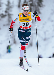 25.11.2017, Nordic Arena, Ruka, FIN, FIS Weltcup Langlauf, Nordic Opening, Kuusamo, im Bild Heidi Weng (NOR) // Heidi Weng of Norway during the FIS Cross Country World Cup of the Nordic Opening at the Nordic Arena in Ruka, Finland on 2017/11/25. EXPA Pictures © 2017, PhotoCredit: EXPA/ JFK