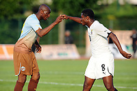 FOOTBALL - PUMA AFRICAN UNITY EXPERIENCE - 28/05/2010 - STEPHANE MBIA (CAM) - ASAMOAH GYAN (GHA)<br /> PHOTO : FRANCK FAUGERE / DPPI