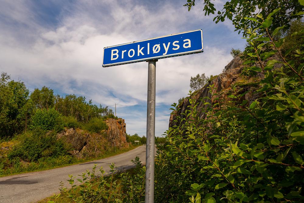 Brokløysa er et gårdstun i Vesterålen.