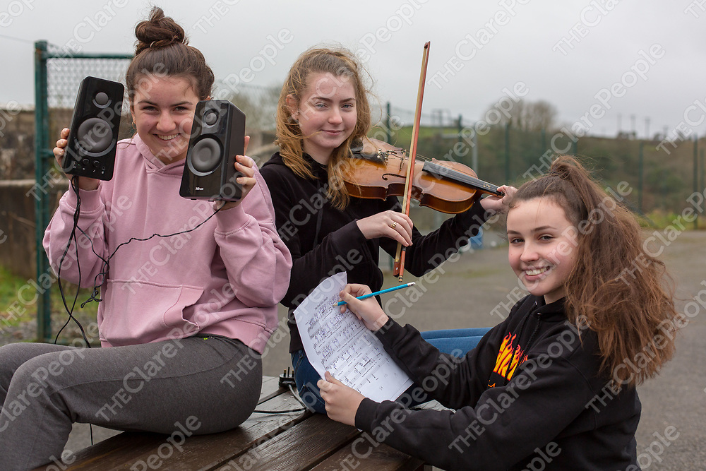 Lucy Nunan, Niamh McMahon and Lara Melett - Is the Maths in the music?