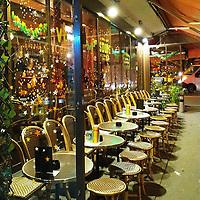 """While on a short walk in the cold of December in Paris, I see this terrace and its festive decorations. And this promise of an exceptional evening: """"vin chaud"""" and """"soupe à l'oignon"""". Should I have stopped there for a short while?<br /> What I know for sure is this first card n 2020 is my way to say:<br /> Happy New Year!<br /> <br /> Au cours d'une petite balade dans la fraîcheur de Paris en décembre, j'apercois cette terrasse aux décorations festives. Et ces promesses : « vin chaud » et « soupe à l'oiginon ». Peut-être aurais-je dû y faire une pause ?<br /> Ce qui est sûr, c'est que cette première carte de 2020 est ma façon de dire :<br /> Bonne année !"""