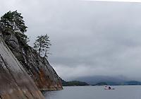 Kayaking Vilnjefjorden..