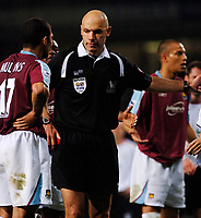 Photo: Daniel Hambury.<br />West Ham United v Liverpool. The Barclays Premiership. 26/04/2006.<br />West Ham's Hayden Mullins is sent of by Howard Webb.