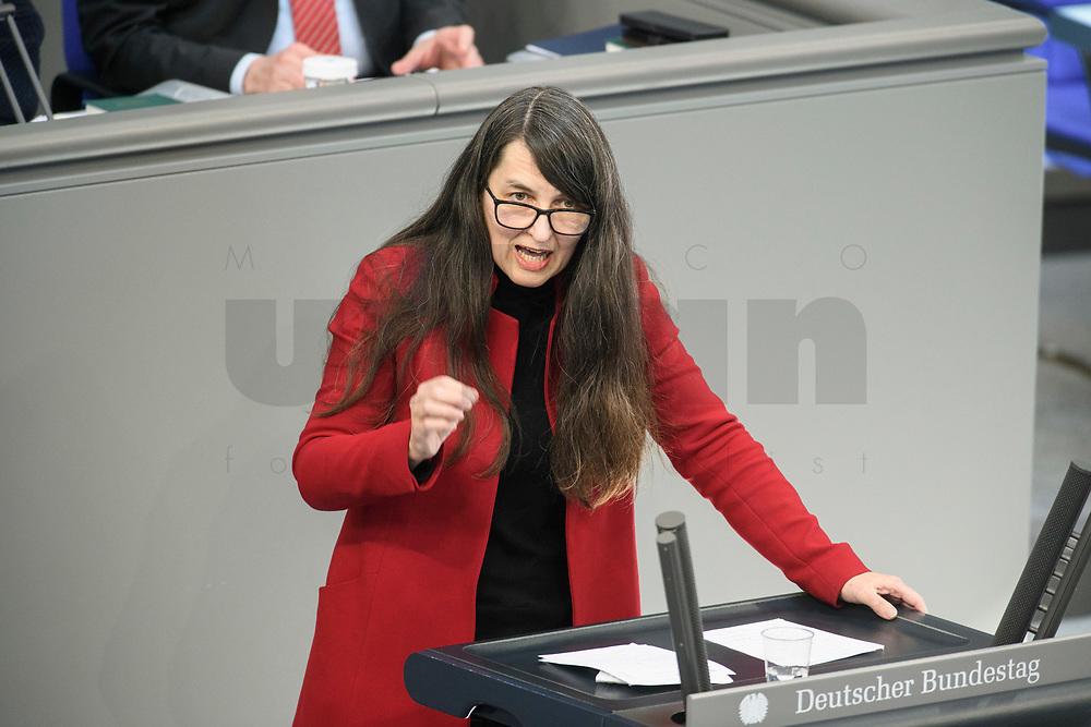 05 MAR 2021, BERLIN/GERMANY:<br /> Kirsten Luehmann, MdB, SPD, haelt eine Rede, waehrend einer Bundestagsdebatte, Plenum, Reichstagsgebaeude, Deutscher Bundestag<br /> IMAGE: 20210305-01-0<br /> KEYWORDS: Kirsten Lühmann