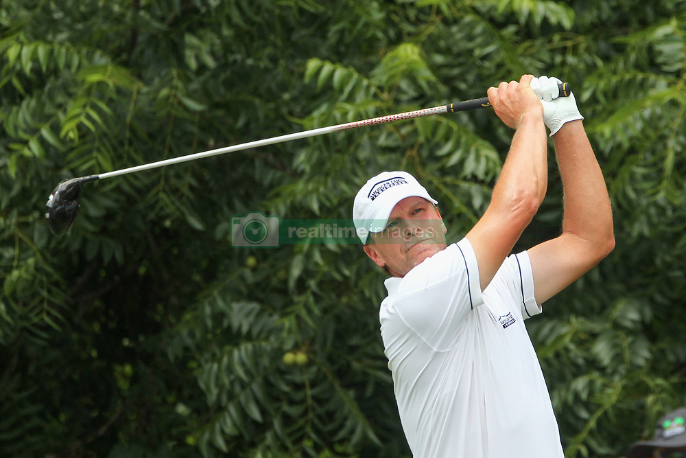 May 25, 2018 - Fort Worth, TX, U.S. - FORT WORTH, TX - MAY 25: Steve Stricker (USA) hits from the 6th tee during the second round of the Fort Worth Invitational on May 25, 2018 at Colonial Country Club in Fort Worth, TX. (Photo by George Walker/Icon Sportswire) (Credit Image: © George Walker/Icon SMI via ZUMA Press)