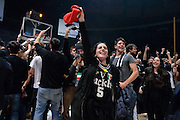tifosi Segafredo Virtus Bologna<br /> Segafredo Virtus Bologna - Kontatto Fortitudo Bologna<br /> Campionato Basket LNP 2016/2017<br /> Bologna 06/01/2017<br /> Foto Ciamillo-Castoria
