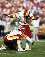 WASHINGTON, DC-UNDATED:  NFL place kicker Chip Lohmiller in action during an NFL game.  Lohmiller played in the NFL from 1988-1996.  (Photo by Ron Vesely)
