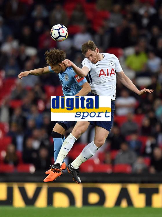 Football - 2017 / 2018 Premier League - Tottenham Hotspur vs. Newcastle United<br /> <br /> Tottenham Hotspur's Jan Vertonghen battles for possession with Newcastle United's Dwight Gayle, at Wembley Stadium.<br /> <br /> COLORSPORT/ASHLEY WESTERN