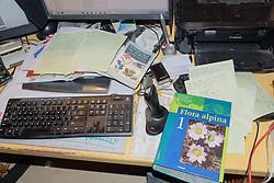 computer werkruimte, flora alpina