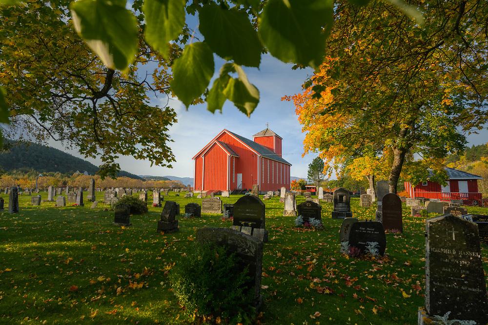 Hasselvika kirke er en langkirke fra 1951 i Indre Fosen kommune, Trøndelag fylke.