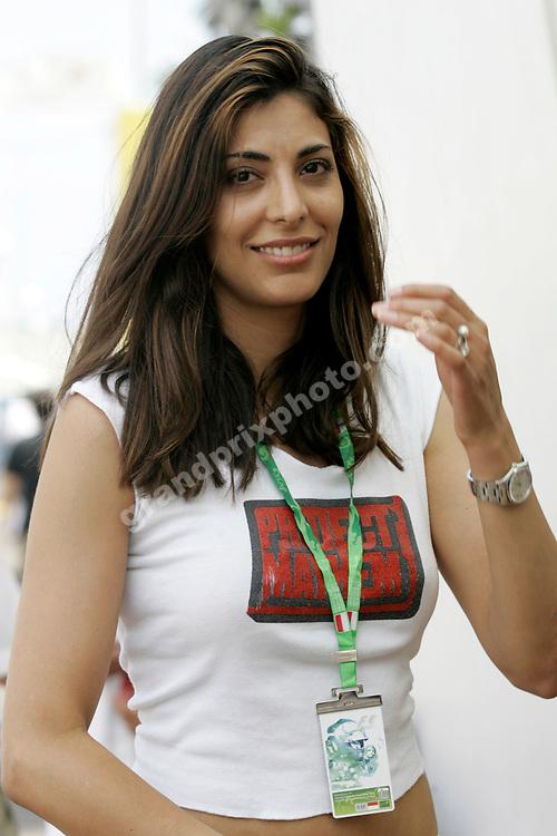 A beautiful pit-babe before practice for the 2006 Monaco Grand Prix. Photo: Grand Prix Photo