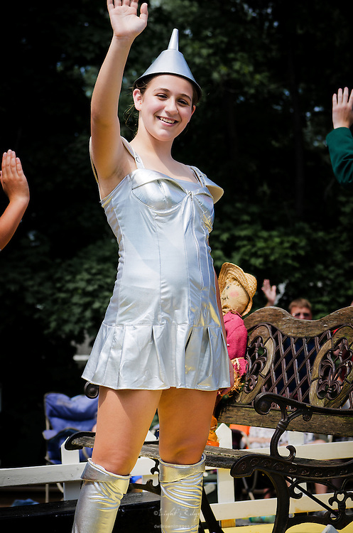 The Tin Man, looking good, representing a local theater group during Pitman's July 4th Parade.