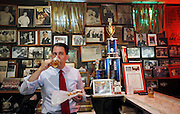 U.S. Republican presidential candidate Scott Walker drinks a glass of beer during a campaign stop at the Billy Goat Tavern in Chicago, Illinois, United States, July 27, 2015.   REUTERS/Jim Young