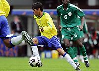 Fotball <br /> FIFA World Youth Championships 2005<br /> Emmen<br /> Nederland / Holland<br /> 12.06.2005<br /> Foto: Morten Olsen, Digitalsport<br /> <br /> Brasil v Nigeria 0-0<br /> <br /> Ernane - Brasil