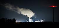 Koszki, woj podlaskie, 06.11.2019. N/z zaklady plyt wiorowych IKEA Industry Orla w nocy fot Michal Kosc / AGENCJA WSCHOD