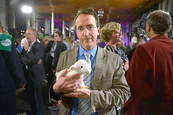 Nederland, Arnhem, 18-3-2015Uitslag provinciale staten verkiezingen in het provinciehuis.Lijsttrekker partij voor de dieren.Foto: Flip Franssen