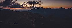 THEMENBILD - Sonnenaufgang über den Bergen. Die Grossglockner Hochalpenstrasse verbindet die beiden Bundeslaender Salzburg und Kaernten und ist als Erlebnisstrasse vorrangig von touristischer Bedeutung, aufgenommen am 22. Juli 2019 in Fusch a. d. Grossglocknerstrasse, Österreich // Sunrise over the mountains. The Grossglockner High Alpine Road connects the two provinces of Salzburg and Carinthia and is as an adventure road priority of tourist interest, Fusch a. d. Grossglocknerstrasse, Austria on 2019/07/22. EXPA Pictures © 2019, PhotoCredit: EXPA/ JFK