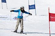 Corinne Schädler in Aktion. Teilnehmerin beim Renzo's Schneeplausch vom 23. Januar 2016 in Vella, Gemeinde Lumnezia.