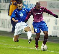 Fotball, 15. oktober 2003, UEFA - cupen, 1 runde, Molde Stadion, Molde-Leiria,  Caico, Leiria, og Magne Hoseth, molde