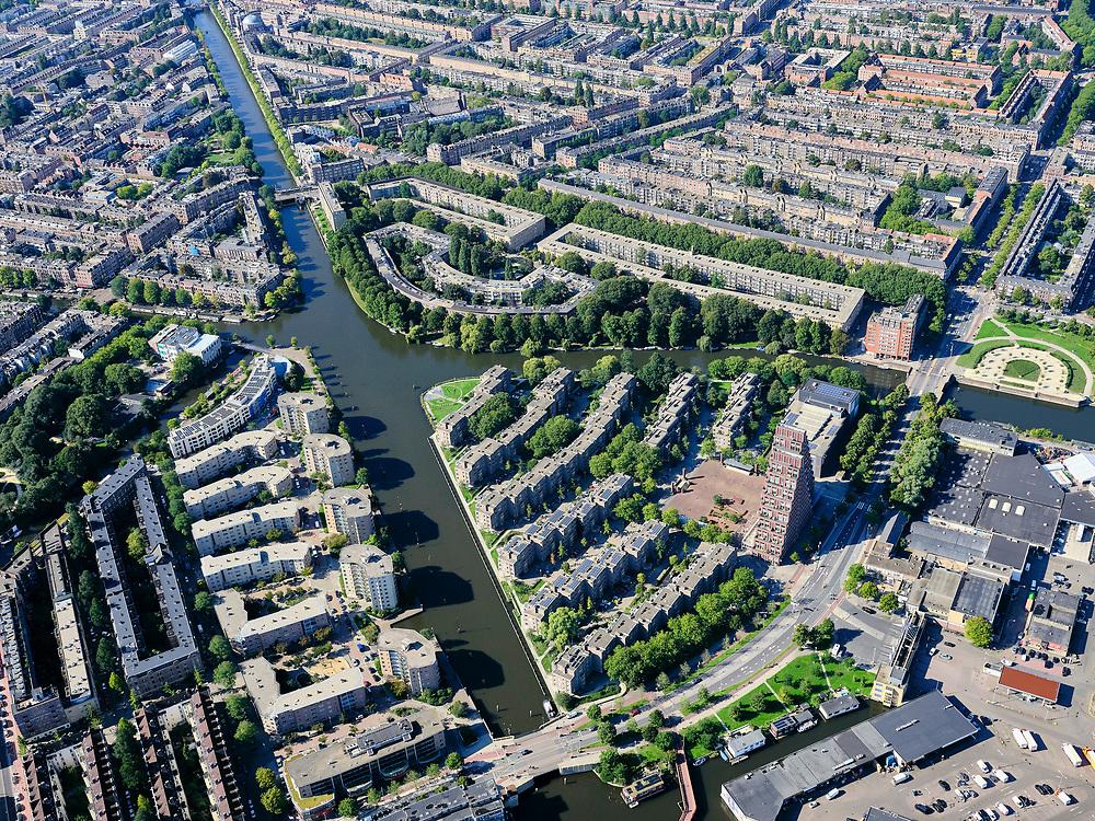 Nederland, Noord-Holland, Amsterdam, 02-09-2020; Amsterdam-West, De Krommerdt en De Baarsjes. Jan van Galenstraat en Marcanti. Marcantilaan, einde van het schiereiland: Kop van Jut.  Kostverlorenvaart en Kostverlorenkade. <br /> West Amsterdam.<br /> <br /> luchtfoto (toeslag op standard tarieven);<br /> aerial photo (additional fee required);<br /> copyright foto/photo Siebe Swart