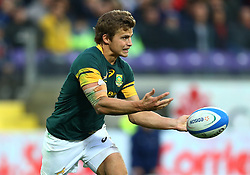 November 19, 2016 - Rome, Italy - Pat Lambie (S) passing the ball  during the international match between Italy v South Africa at Stadio Olimpico on November 19, 2016 in Rome, Italy. (Credit Image: © Matteo Ciambelli/NurPhoto via ZUMA Press)