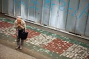 "Frau betet in der Naehe eines Tempels waehrend der Feierlichkeiten von Buddhas Geburtstag (2. Mai 2009) im Zentrum der koreanischen Netropole Seoul.<br /> <br /> Woman praying close to a temple in the center of the korean capital Seoul during the celebrations of Buddhas birthday (2nd of May 2009) which is celebrated according to the Lunisolar calendar. This day is called ""Seokga tansinil"", meaning ""the day of Buddha's birthday""."