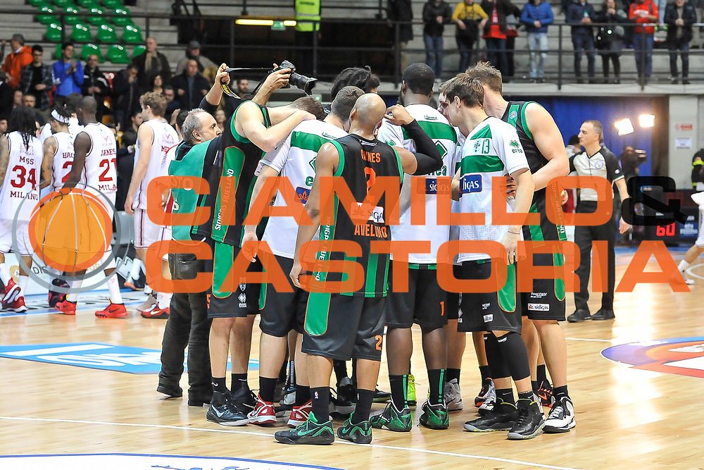 DESCRIZIONE : Final Eight Coppa Italia 2015 Desio Quarti di Finale Olimpia EA7 Emporio Armani Milano - Sidigas Scandone Avellino<br /> GIOCATORE : Team Sidigas Scandone Avellino<br /> CATEGORIA : Fair Play Ritratto Delusione<br /> SQUADRA : Sidigas Scandone Avellino<br /> EVENTO : Final Eight Coppa Italia 2015 Desio<br /> GARA : Olimpia EA7 Emporio Armani Milano - Sidigas Scandone Avellino<br /> DATA : 20/02/2015<br /> SPORT : Pallacanestro <br /> AUTORE : Agenzia Ciamillo-Castoria/L.Canu