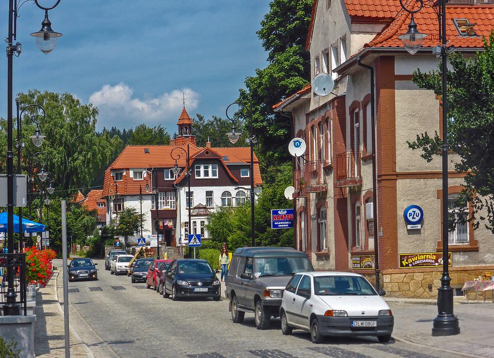 Świeradów-Zdrój (woj. dolnośląskie) 26.07.2013. Uzdrowisko w województwie dolnośląskim. Centrum kurortu.