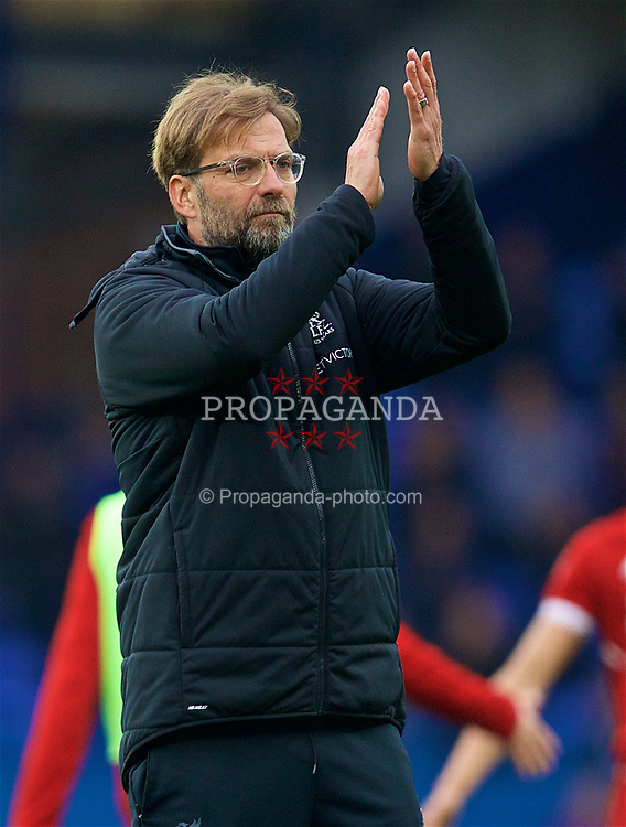 LIVERPOOL, ENGLAND - Saturday, April 7, 2018: Liverpool's manager Jürgen Klopp applauds the supporters after the goal-less draw during the FA Premier League match between Everton and Liverpool, the 231st Merseyside Derby, at Goodison Park. (Pic by David Rawcliffe/Propaganda)