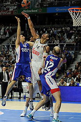 15.04.2015, Palacio de los Deportes stadium, Madrid, ESP, Euroleague Basketball, Real Madrid vs Anadolu Efes Istanbul, Playoffs, im Bild Real Madrid´s Gustavo Ayon and Anadolu Efes´s Milko Bjelica // during the Turkish Airlines Euroleague Basketball 1st final match between Real Madrid vand Anadolu Efes Istanbul t the Palacio de los Deportes stadium in Madrid, Spain on 2015/04/15. EXPA Pictures © 2015, PhotoCredit: EXPA/ Alterphotos/ Luis Fernandez<br /> <br /> *****ATTENTION - OUT of ESP, SUI*****