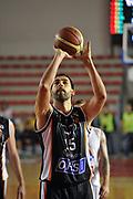 DESCRIZIONE : Roma LNP Serie A2 Ovest 2015-16 Acea Roma Orsi Tortona<br /> GIOCATORE : Luca Garri<br /> CATEGORIA : tiro libero<br /> SQUADRA : Orsi Tortona<br /> EVENTO : Campionato Serie A2 Ovest 2015-2016<br /> GARA : Acea Roma Orsi Tortona<br /> DATA : 04/10/2015<br /> SPORT : Pallacanestro <br /> AUTORE : Agenzia Ciamillo-Castoria/G.Masi<br /> Galleria : Serie A2 Ovest 2015-2016<br /> Fotonotizia : Roma Serie A2 Ovest 2015-16 Acea Roma Orsi Tortona