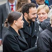 NLD/Amsterdam/20170504 - Nationale Herdenking 2017, Nasrdin Dchar en partner Amy Donk