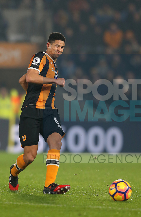 Curtis Davies of Hull City during the English Premier League match at the KCOM Stadium, Kingston Upon Hull. Picture date: December 30th, 2016. Pic Simon Bellis/Sportimage