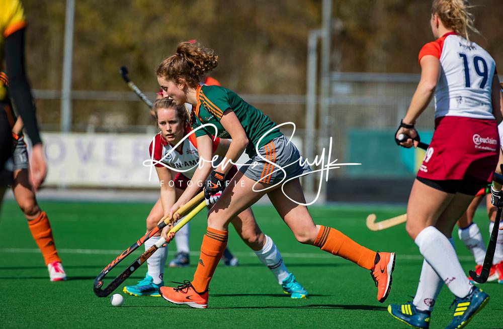 ALMERE - tijdens de promotieklasse hockeywedstrijd dames,  Almere - Were Di (1-1).    COPYRIGHT KOEN SUYK