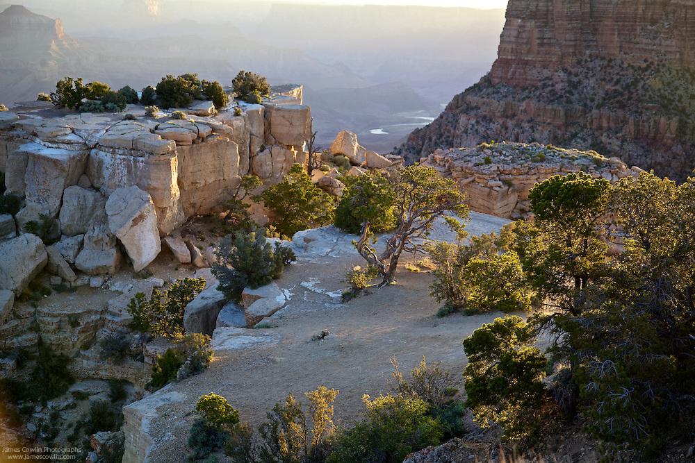 Sunrise at Moran Point-Grand Canyon National Park
