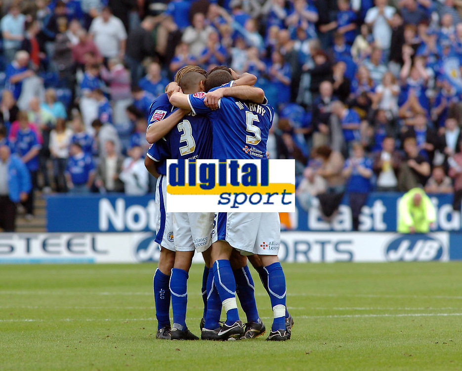 Photo: Kevin Poolman.<br />Leicester City v Southend United. Coca Cola Championship. 26/08/2006. Leicester players at the end of the game celebrate their win.