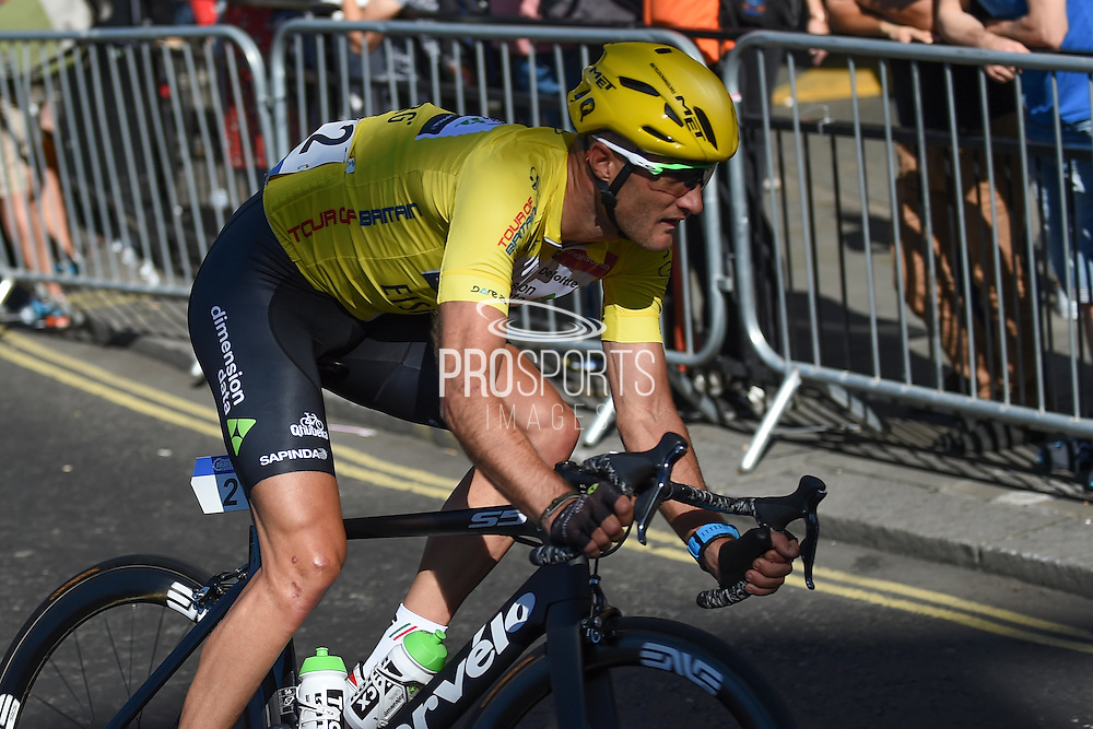 Steve Cummings of Great Britain and Team Dimension Data on his way to winning the Tour of Britain 2016 during the Tour of Britain 2016 stage 8 , London, United Kingdom on 11 September 2016. Photo by Martin Cole.