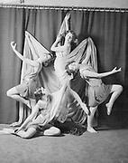 9114-4335-12 Katharine Laidlaw Dancers.