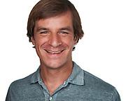 Eric M. poses for a headshot at the SOSKIphoto Studio in Hayward, California, on September 26, 2020. (Stan Olszewski/SOSKIphoto)