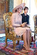 Staatsbezoek van Koning en Koningin aan de Republiek Italie - dag 1 - Rome /// State visit of King and Queen to the Republic of Italy - Day 1 - Rome<br /> <br /> Op de foto / On the photo: Koningin Maxima, Koning Willem-Alexander poseren voor een foto in het Palazzo del Quirinale <br /> <br /> Queen Maxima, King Willem-Alexander posing for a photo at the Palazzo del Quirinale
