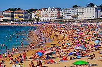 France, Pyrénées-Atlantiques (64), Pays Basque, Saint-Jean-de-Luz, la grande plage // France, Pyrénées-Atlantiques (64), Basque Country, Saint-Jean-de-Luz, the beach