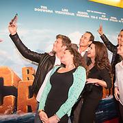 NLD/Amsterdam/20160214 - Premiere Robinson Crusoe, Stemmencast, Tim Douwsma, Anna Speller, Erik de Vogel, Caroline de Bruijn, Pip Pellens, Yes-R