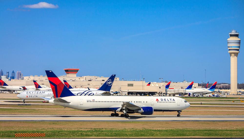 Delta Air Lines Boeing 767-3P6(ER).